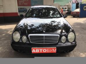 Авто Mercedes-Benz CLK-Класс 2000 года - фото