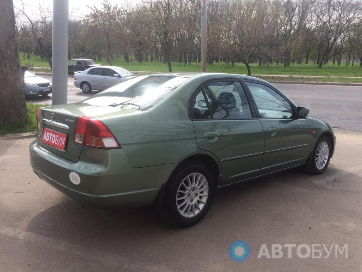 Авто Honda Civic 2003 года фото 4